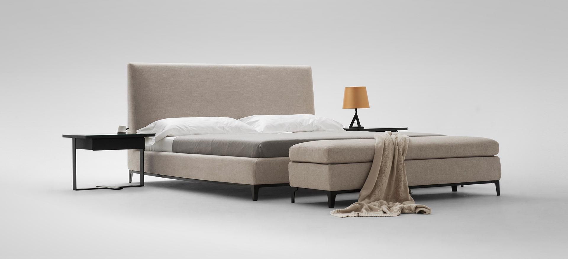 Crescent Bed