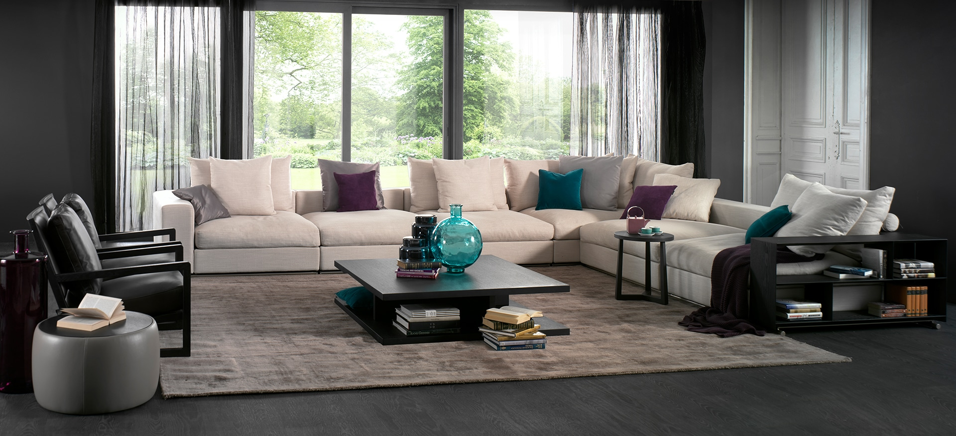 Freetown Sofa